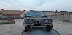Efekt końcowy po piaskowaniu samochodu