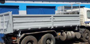 Naczepa ciężarówki po piaskowaniu